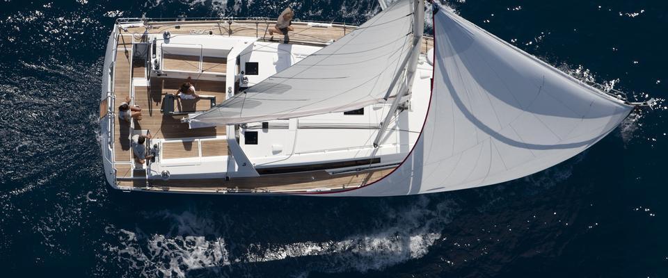 парусная лодка Оцеанис 45 ( 3 цаб.)