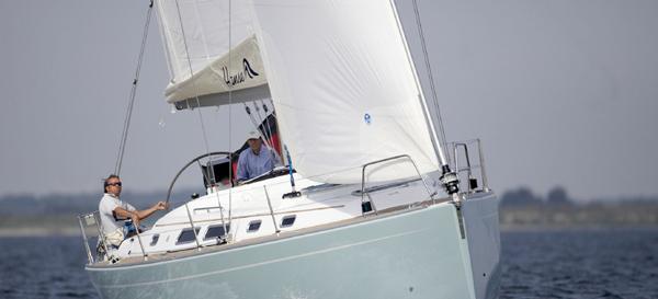 парусная лодка Хансе 400
