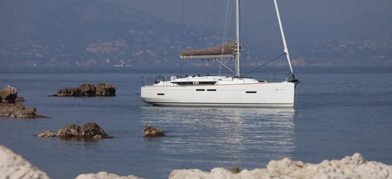 парусная лодка Сун Одыссеы 419