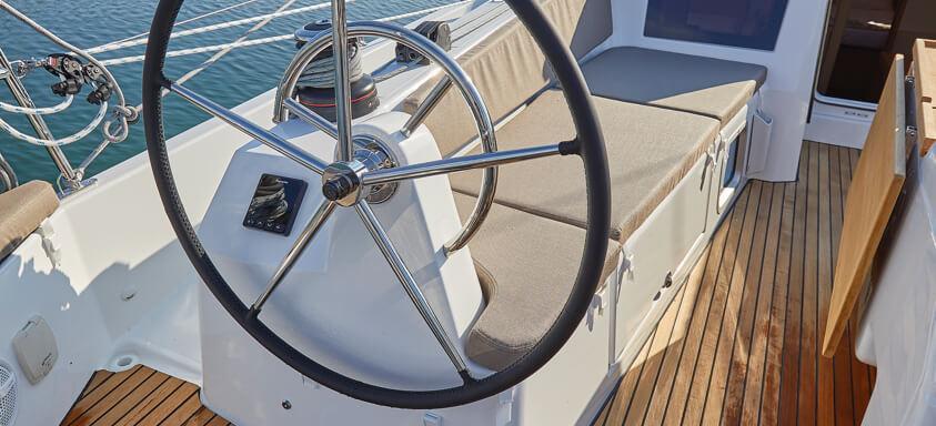 парусная лодка Sun Odyssey 410