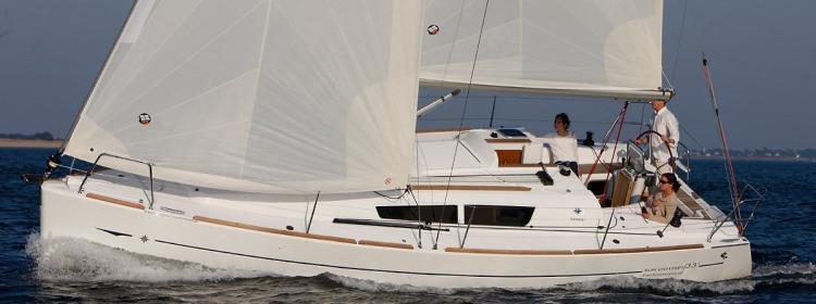 парусная лодка Сун Одыссеы 33и