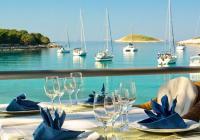 Как заказать еду во время отдыха на воде